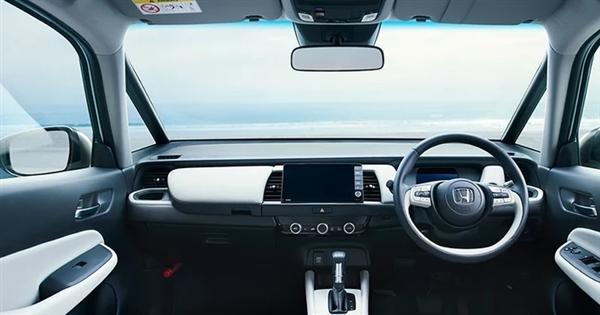全新本田飞度混动版英国开卖:百公里油耗仅4.5L