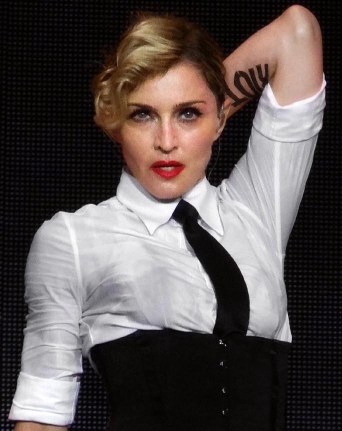 Madonna_à_Nice_30_2.jpg