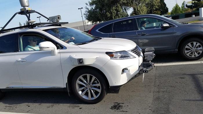 Apple Lexus Self-Driving.jpg