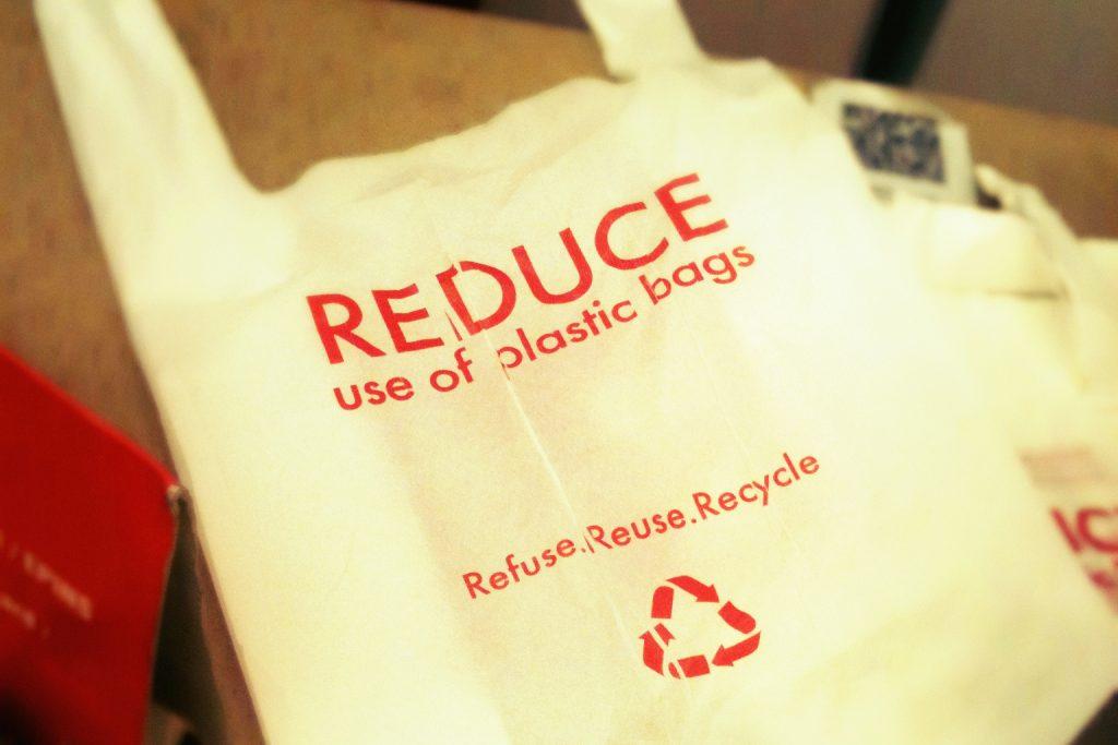 新加坡将对超市一次性塑料袋收费- 最新消息- cnBeta.COM