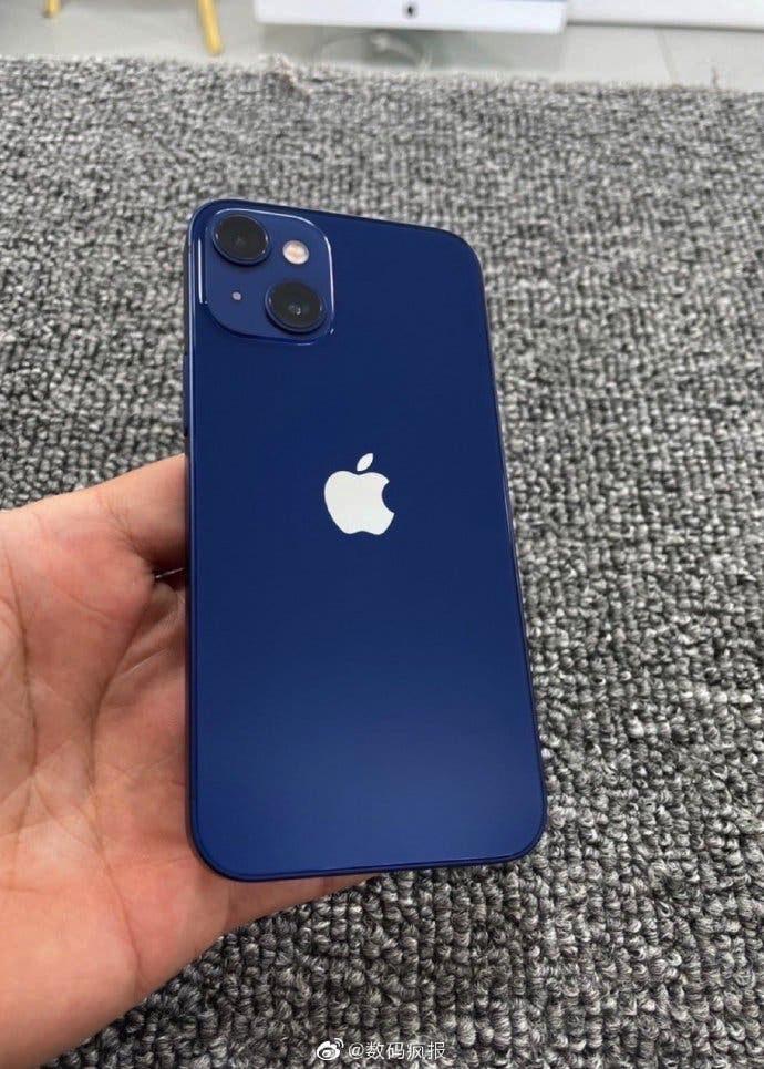 iphone-13-mini-prototype-photo.jpg