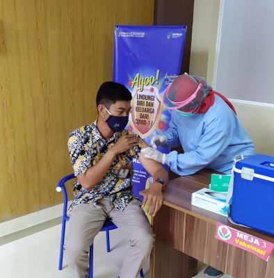 Vaccination-in-Indonesia-394x400.jpg