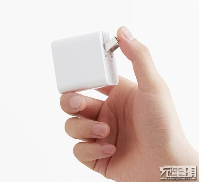 都是65W单口充电器 小米AD651与紫米HA712有什么不同?