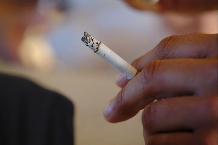 smoking-3495389_1280.jpg