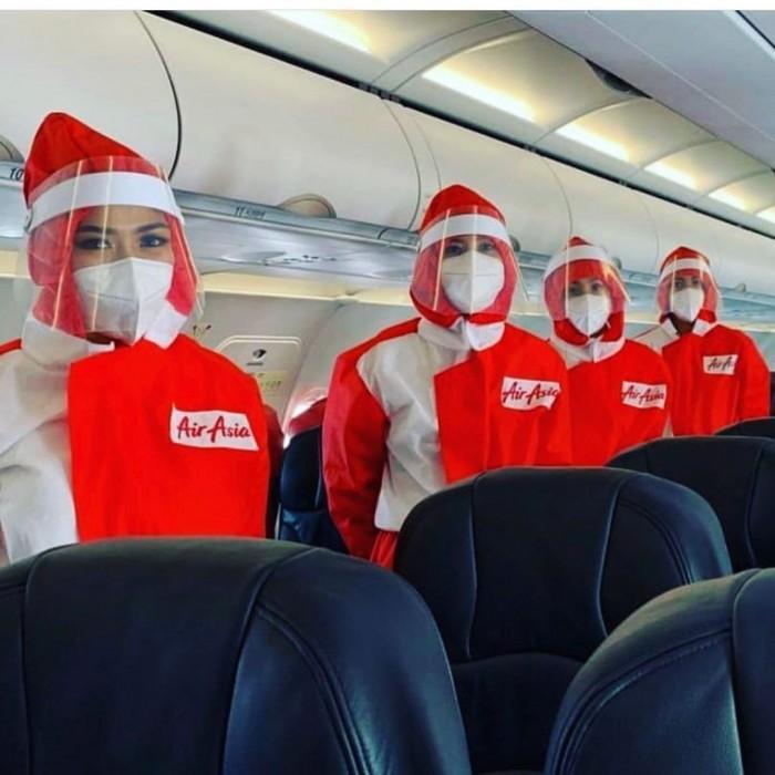 卡塔尔航空:新冠大流行期间空乘人员将穿上防护服提供服务