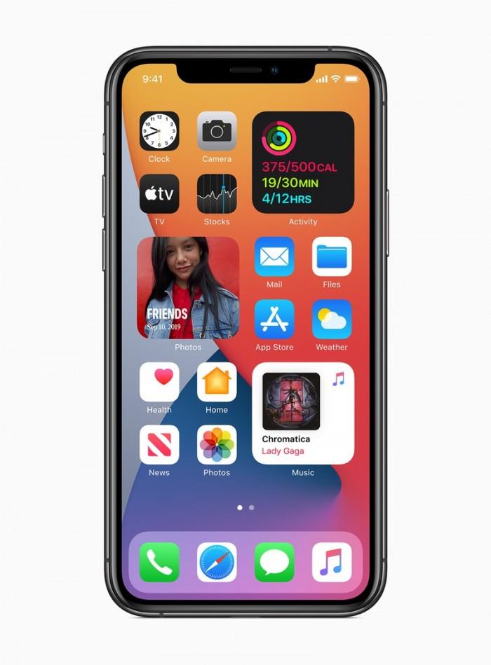 Apple_ios14-widgets-redesigned_06222020_inline.jpg.large_2x.jpg