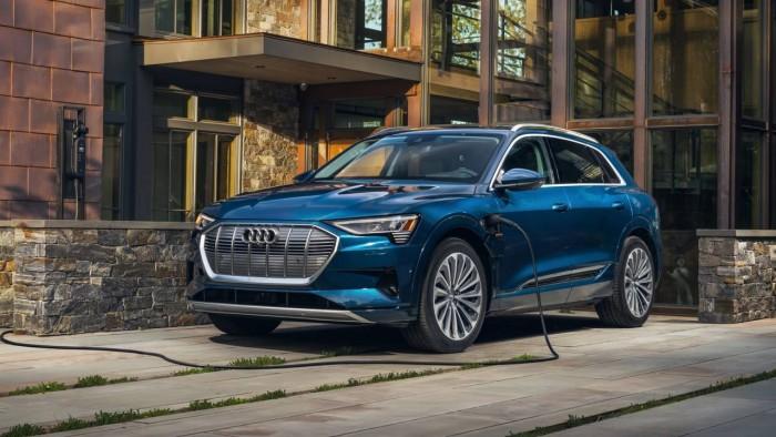 2021-Audi-e-tron-7534-1280x720.jpg