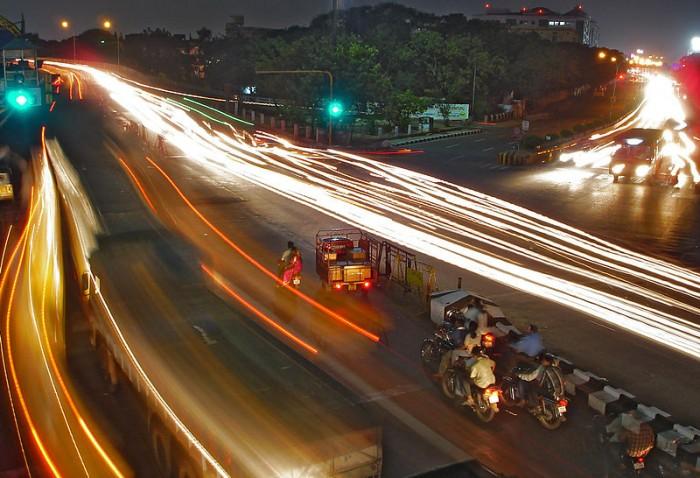 800px-Chennai_traffic_at_night.jpg