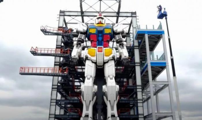 Screenshot_2020-08-09 New 55,000-pound Gundam robot can move its limbs like a boss.png