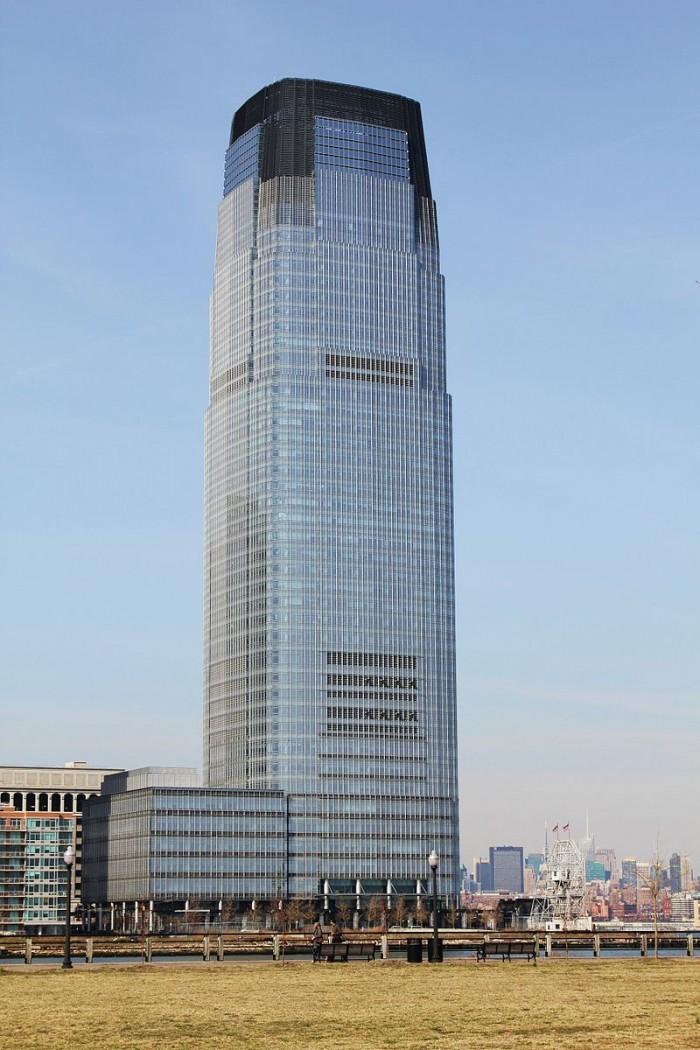 800px-Goldman_Sachs_Tower_(2011-04-09).jpg