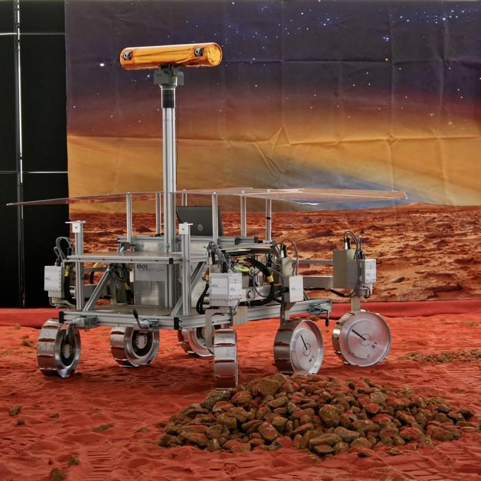 1200px-ExoMars_prototype_rover.jpg