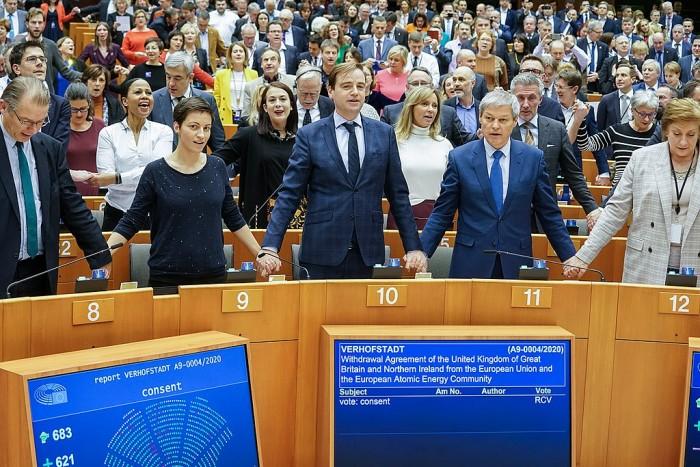 1024px-Members_debate_and_vote_on_the_EU-UK_withdrawal_agreement_(49460614731).jpg