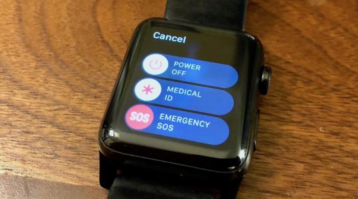40008-76946-000-lead-Apple-Watch-SOS-xl.jpg