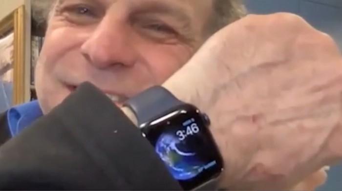 Apple-Watch-saves-mans-life.jpg