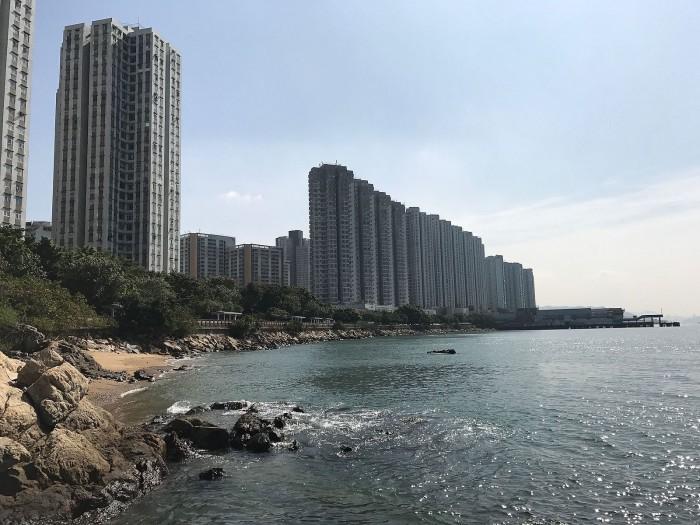 Butterfly_Bay,_Tuen_Mun,_NT,_Hong_Kong_in_2017.jpg