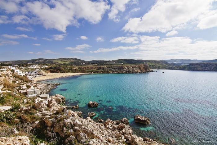 1599px-Golden_Bay,_Malta.jpg