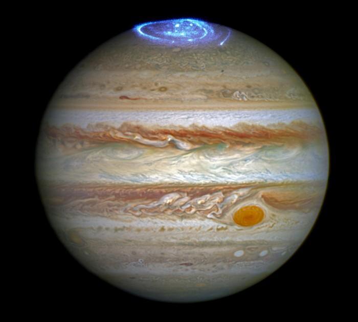 Hubble-Jupiter-Aurora.jpg