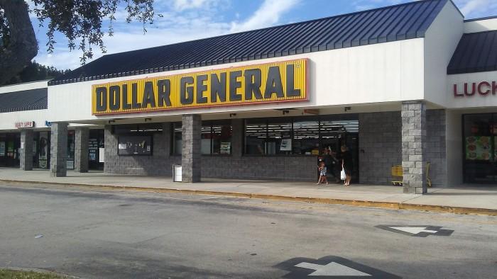 Dollar_General_-_Interchange_Square_-_Palm_Bay,_FL_(49786469763).jpg