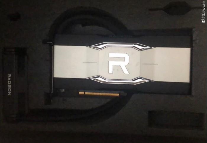 AMD RX 6900 XTX水冷版首次曝光