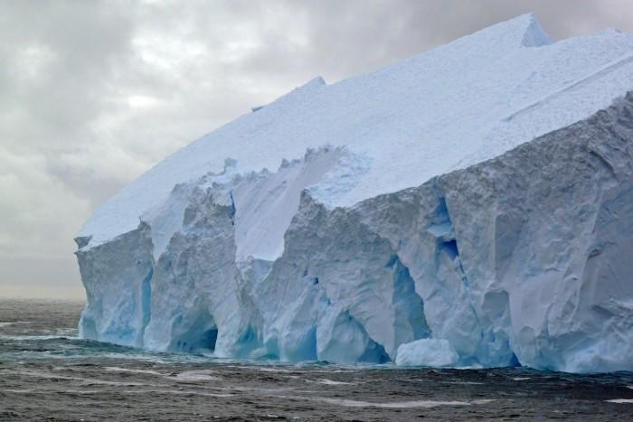 Scotia-Sea-Ice-2048x1365.jpg