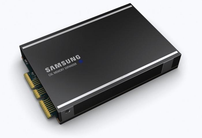 Samsung CXL DRAM Module.jpg
