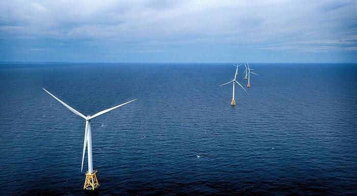 1600px-Block_Island_offshore_wind_farm_P6290638m.jpg