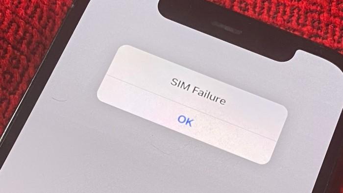 42357-82174-000-lead-SIM-Failure-on-iPhone-xl.jpg