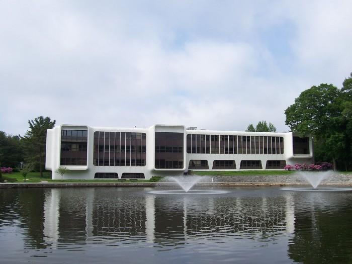 1920px-Frontier_Communications_headquarters.jpg