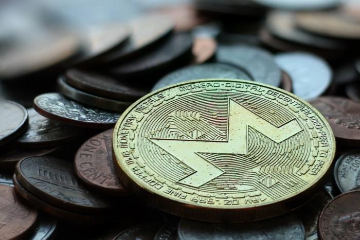 monero-pile-coins-wo.jpg