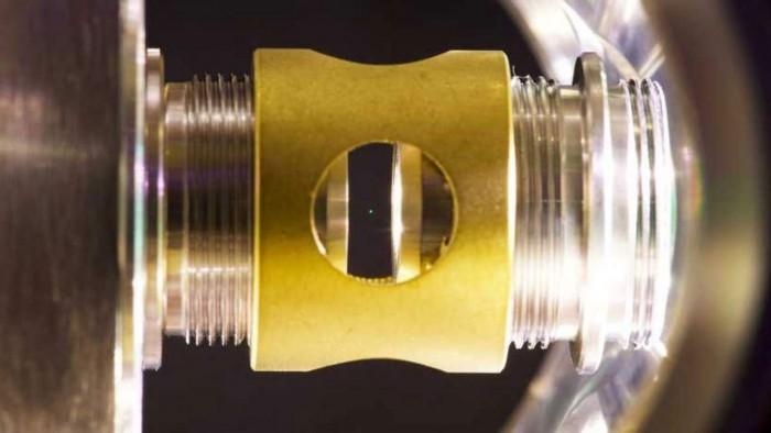 hovering-glass-dot-1280x720.jpg