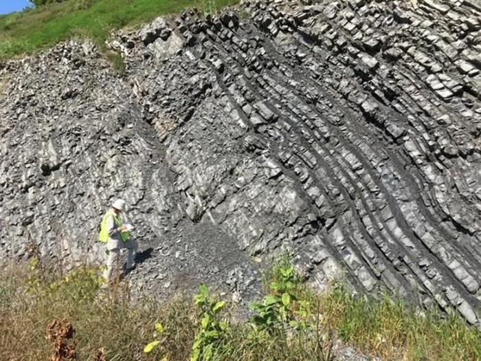 Boriana-Kalderon-Asael-Collecting-450-Million-Year-Old-Rock-Samples.jpg