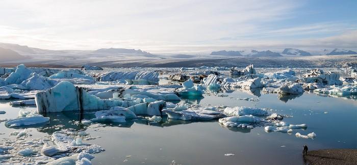 Jökulsárlón_glacier_lagoon._Iceland_2012._-_panoramio.jpg