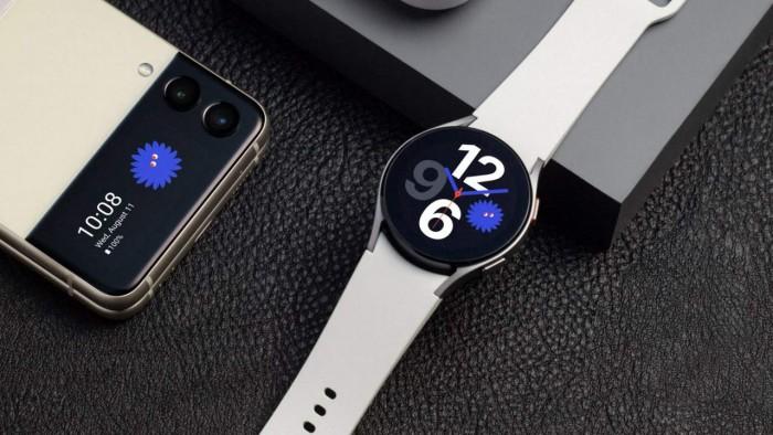 galaxywatch4-with-zflip3-1280x720.jpg