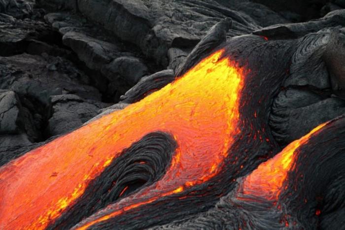 Basaltic-Lava-Flow-777x518.jpg
