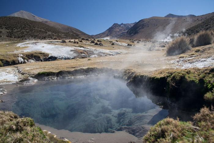 1200px-Volcanic_hot_spring.jpg