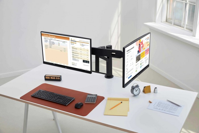lg-ergo-monitor-5.jpg