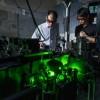 科学家创建世界上旋转速度最快的物体  速度达每分钟3000亿转