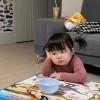 韩国萌娃因厌世脸走红 小小的年纪竟然有大叔的气质