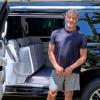 """240万元:史泰龙出售自用超长定制版凯迪拉克SUV 车内""""壕出天际"""""""