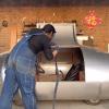 手工耿造了一辆电动汽车:造型如飞船 可以横着走