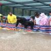 教科书式自救:暴雨后郑州一小区地库300多辆车完好无损