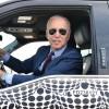 拜登总统希望2030年美国售出的新车有一半是混合动力或全电动汽车