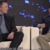"""七年前的老视频火了 央视节目上马斯克被联想杨元庆""""秀肌肉"""""""